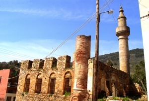 Messagros - Historical Village with a Mosque & Turkish Bathhouse
