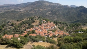 Lafionas - Hidden village with Amazing Views to Petra and Molyvos